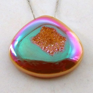 62.75 Ct. Bronze Beauty Color 32x35mm Heart Shape Drusy Quartz