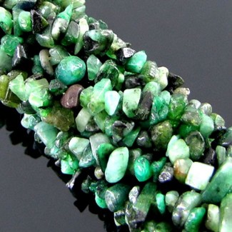 Emerald 6-8mm Tumbeled Chips Shape Beads Strand